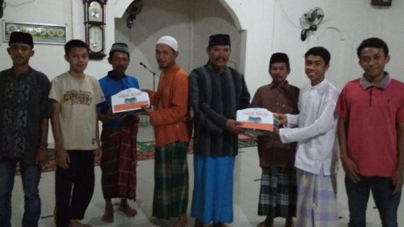 Wakaf Sendal Masjid disebar di Sulawesi